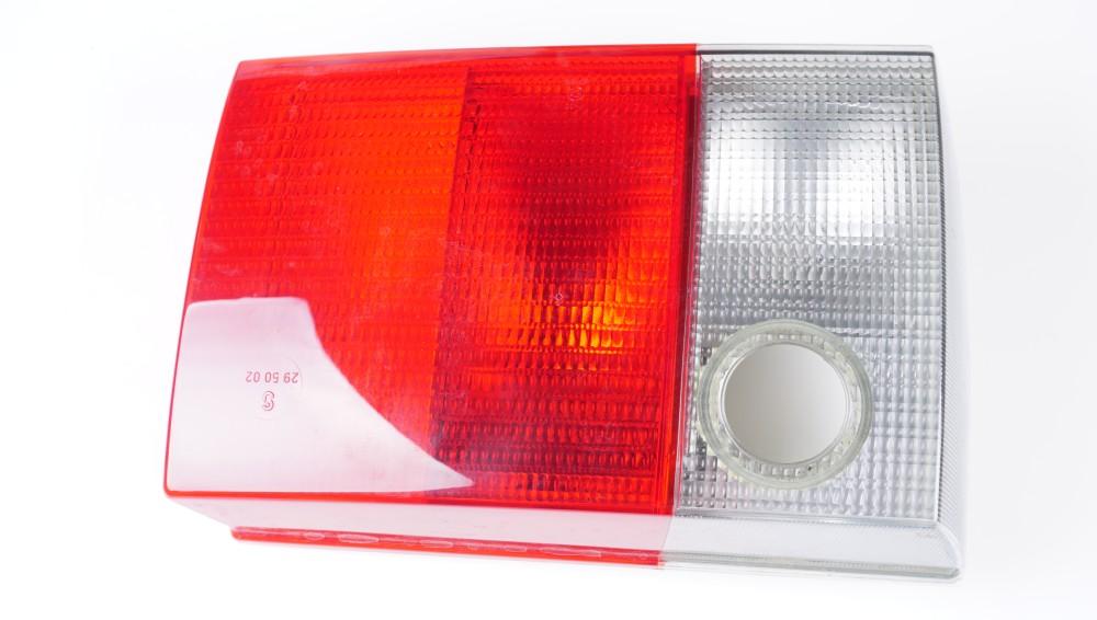 8A0 945 224 D Schlussleuchte mit Rückfahrleuchte für Audi 80/90