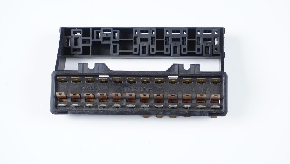 111 937 505 M Sicherungsdose für VW-Modelle