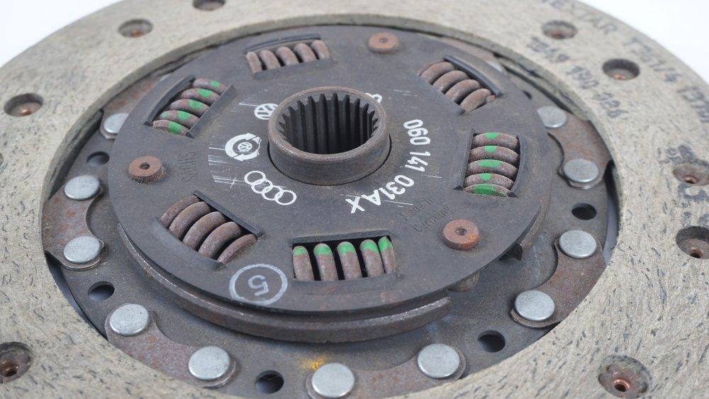060 141 031 AX Kupplungsscheibe für VW LT