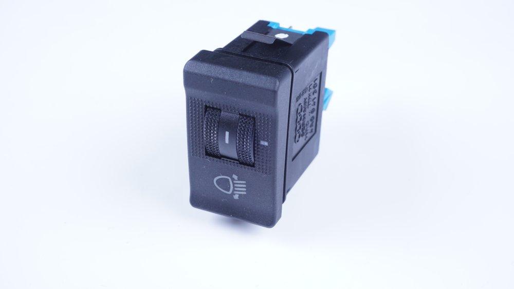 4A0 941 301 01C Schalter für Leuchtweitenregulierung Audi 100