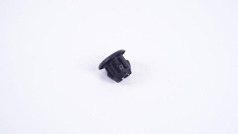 1H0 867 109 01C Führung für Knopf für VW- und Seat-Modelle