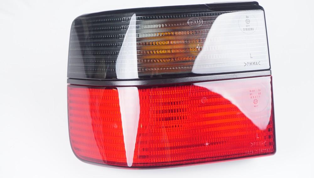 1H5 945 111 A Hella Schlussleuchte für VW Golf Variant und Vento